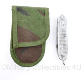 Defensie zakmes met Woodland tas KL75 AMEFA uit 1975 maker Amefa - nieuw - 12 x 7 x 1,5 cm -  origineel