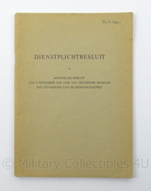 MVO boekje Dienstplichtbesluit 1956 - afmeting 14 x 20 cm - origineel