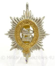 WO2 Britse baret of cap insigne The Worcestershire Regiment - Honi Soit Qui Mal y Pence  - afmeting 3,5 x 5 cm - origineel