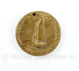 Coin Amsterdam aanmoedigings zeilwedstrijden bemanning 1954 - diameter  2 cm - origineel