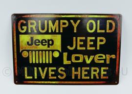 Metalen plaat Grumpy Old Jeep Lover Lives Here Willys MB - 30 x 20 cm.