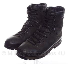 Meindl schoenen M2 - licht gebruikt - origineel KL - maat 300M / 47 M