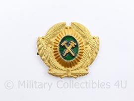 Russische leger officiers pet speld - 5 x  6 cm - origineel