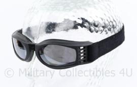 Zwembril ook gebruikt door Korps Mariniers - 4,5 x 7 x 1,5 cm - origineel