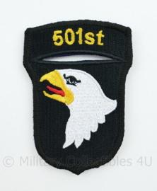 "WO2 US Army 101st Airborne Division ""501st PIR Parachute Infantry Regiment"" patch - met klittenband - 8,4 x 6 cm"
