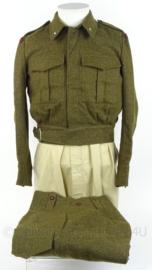 MVO uniform jas en broek - rang Adjudant Kornwerderzand - maat 46 - origineel