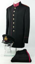 Defensie GLT uniform set Officier Administratie jaren 60 met opstaande kraag - uniform jas + broek + pet - maat L en pet maat 57,5 - origineel