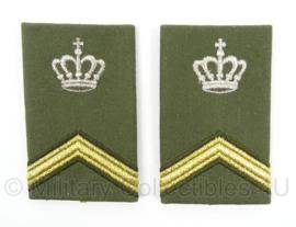 KL Landmacht schouderstukken met kroon - Sergeant/wachtmeester instructeur - origineel