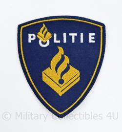 Politie dames embleem - is kleiner dan het heren embleem - 9 x 8 cm - origineel