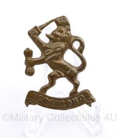 Nederlands WO2 en MVO insigne Prinses Irene Brigade - pet en baret insigne - pin achterop ontbreekt -  4 x 3 cm - origineel