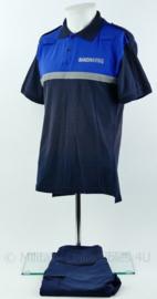 Handhaving shirt met korte mouw en met broek - gedragen - maat shirt xs - maat broek 46 - origineel