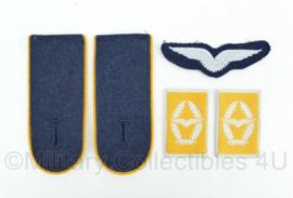 Insigne set Luftwaffe uniform naoorlogs Duits - origineel