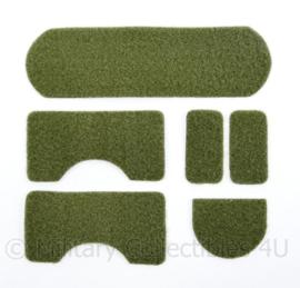 Ongebruikte groene klittenband stukken voor op een MICH FAST helm - samen 1 set