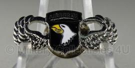 Kleine speld - 101st Airborne wing - 2,5 x1 cm.