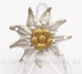 Gebirgsjäger Schirmmutze & pet edelweiss metaal (model zonder steeltje)