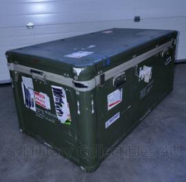 Klu Luchtmacht enorme kunststof kist voor vliegtuig onderdeel - binnenmaat 104,5 x 47,5 x 36,5 cm - origineel