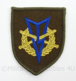 KL Landmacht vaardigheids borst embleem MLV Militaire Lichamelijke Vaardigheden met zwemmen - afmeting 5,5 x 7 cm - origineel
