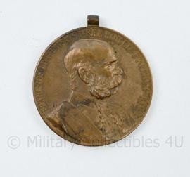 Oostenrijks Hongaarse medaille Wo1 Signum Memoriae Franc.IOS.IDGIMP.AVSTR.REX.BOH.GAL.ILL.ETC.ETAP.REX.HVING  - 4 x 3,5 cm - origineel
