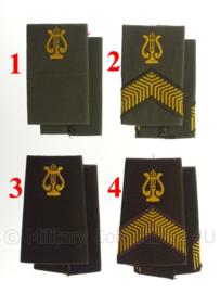 KL Nederlandse leger muziekkorps schouderstukken - verschillende rangen - origineel