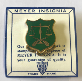 US Army 502nd Military Police Battalion insigne metaal - 3,4 x 2,8 cm - maker Meyer - origineel