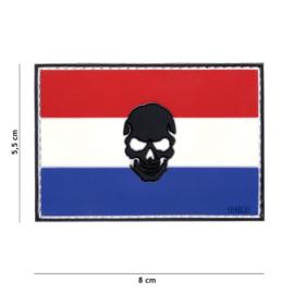 Embleem PVC 3D PVC  met klittenband - Vlag Nederland met zwarte skull er in - 8 x 5,5 cm.