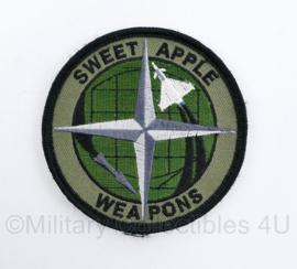 Klu Luchtmacht en Nato Embleem Sweet Apple Weapons - met klittenband -  diameter 8 cm - origineel