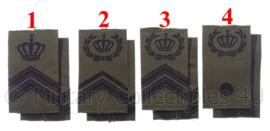 KL Landmacht/KLU Luchtmacht schouderstukken met kroon - zwarte letters - verschillende rangen - origineel
