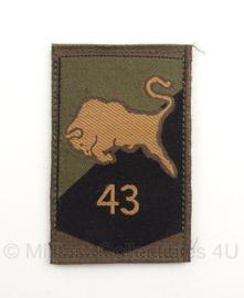 KL Nederlandse leger eenheid arm embleem 43e gemechaniseerde brigade 8 x 5,5 cm. - met klittenband - origineel