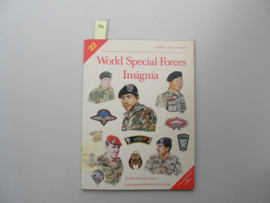 Boek 'World Special Forces insignia' - Gordon Rottman