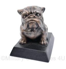 Defensie beeldje Mascotte van Limburgse Jagers Bravo Bulldog Compagnie -10 x 10 x 7,5 cm - in verpakking -  origineel