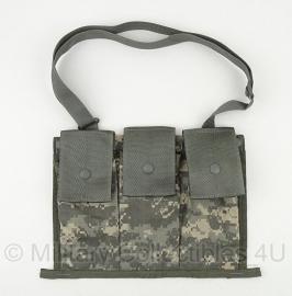 US Army ACU camo magazijntas 3 vaks met draagriem -  origineel