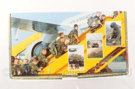 KL Nederlandse leger PIT welkomspakket voor militairen die terugkeren van missies - origineel