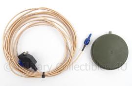 KL Landmacht GPS antenne voor voertuigen met aansluitkabel - PLGR GPS - origineel