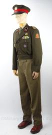 KL Veld Artillerie uniform set, jasje, broek, pet - met MVL zwemmen speld - maat 48 - origineel