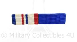 Nederlandse medaille baton met 2 medailles - Vredesoperatie/NSF - 5,5 x 1 cm - origineel