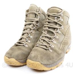 Nederlands leger Meindl Desert schoenen - licht gedragen - maat 275B = 43 B - origineel