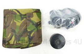 KL Nederlandse leger AMF12 gasmaskerset  met woodland tas - maat 2 - Masker nog geseald! - origineel