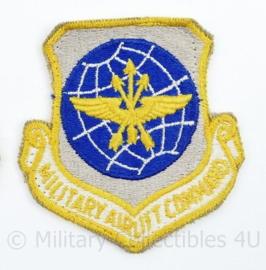 USAF US Air Force embleem Military Airlift Command - 8 x 7,5 cm -  origineel