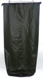 KL Nederlandse leger waterdichte zak - groen - voor de 120 liter rugzakken - NIEUW in verpakking - 60 x 110 cm - origineel