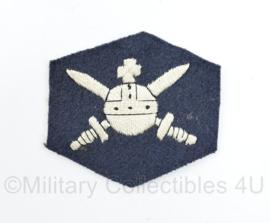 MVO Ministerie van Oorlog embleem Luchtmacht - model 1947-1955 - origineel