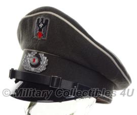 Duitse Rode Kruis DRK Deutsches Rotes Kreuz Schirmmütze - 57 tm. 60 cm.