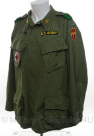 US Army Jungle Fatique jacket 2nd pattern  Artillery School Major - 2nd pattern - vietnam oorlog - maat large/short - origineel
