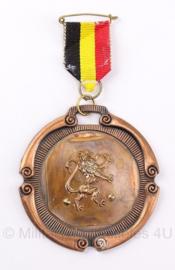Belgische medaille met lint - diameter 7 cm - origineel