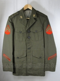 USMC US Marine Corps Corporal uniform jas met originele insignes - size 40S = NL maat 50 kort.