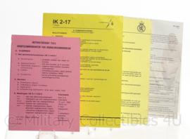 """KL Koninklijke Landmacht intructie kaart set """"commandovoering"""" - 4 delig - origineel"""