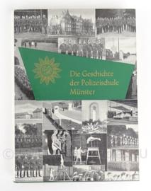 Boek Die geschichte der polizeischule Munste - 1920/1960 - origineel