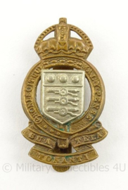 WO2 Britse baret of cap insigne RAOC Royal Army Ordnance Corps - afmeting 2,5 x 4,5 cm - origineel