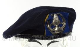 KMAR Koninklijke Marechaussee baret 1973 - maat 57 - Henca BV - origineel