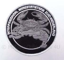 Nederlandse Interregionaal Arrestatieteam Zuid-Nederland embleem - met klittenband - diameter 9 cm