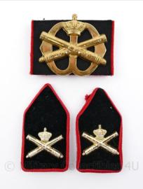 Defensie baret en kraag insigne set Veldartillerie - 3 delige set - origineel